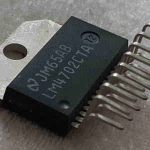 آی سی LM4702C