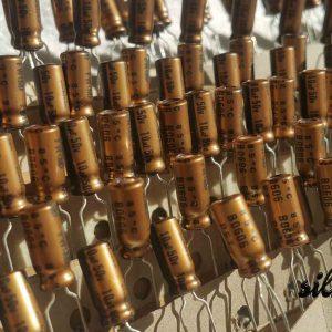 خازن های فای نیچیکون 10 میکرو فاراد 50 ولت