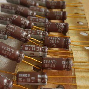 خازن سیلمیک النا 10 میکرو فاراد 16 ولت GOLD های گرید صوتی RFS(SILMICII)