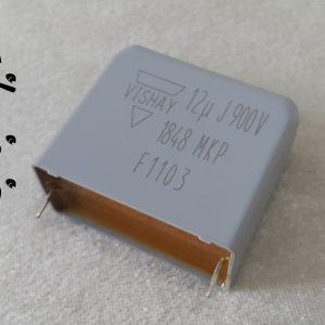 خازن 12 میکرو فاراد 1100 ولت DC