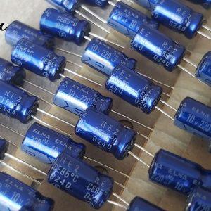 خازن 220 میکرو فاراد 10 ولت