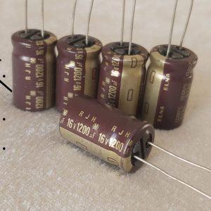 خازن 1200 میکرو فاراد 16 ولت
